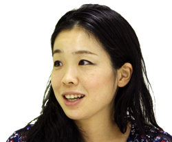 鮫島 圭代さん